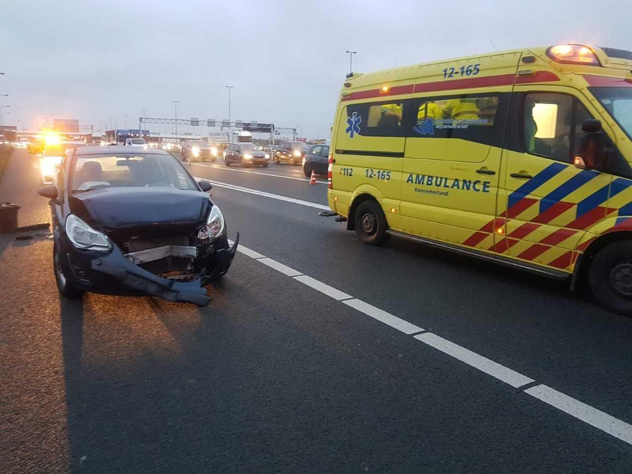Twee gewonden bij Hoofddorp door ongeval op de A4 richting Den Haag