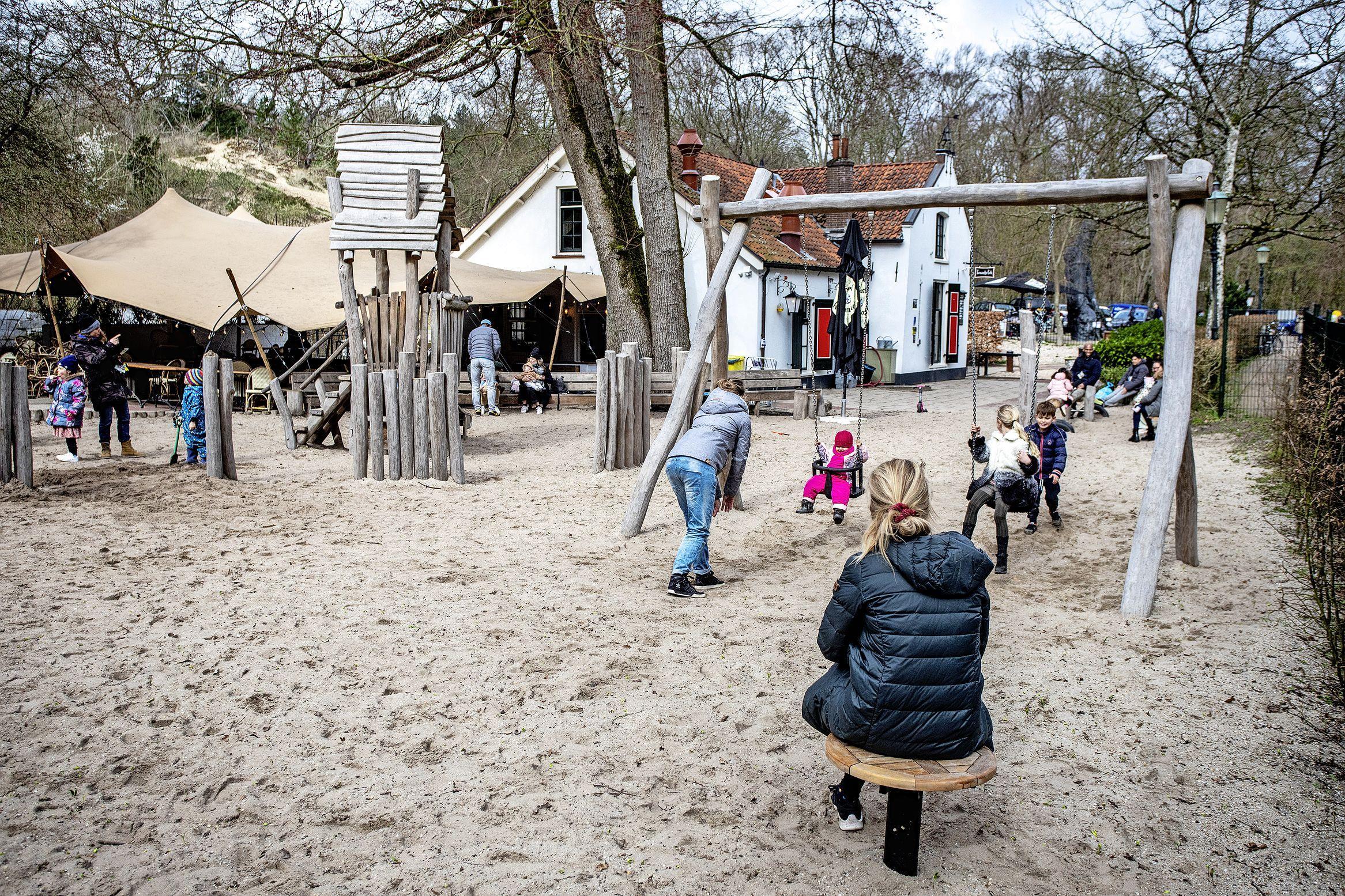 Speeltuin Kraantje Lek is weer open; dat is een feestje