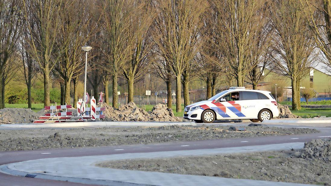 Politie met meerdere voertuigen preventief aanwezig in De Goorn, geruchten van nieuw feest in het dorp