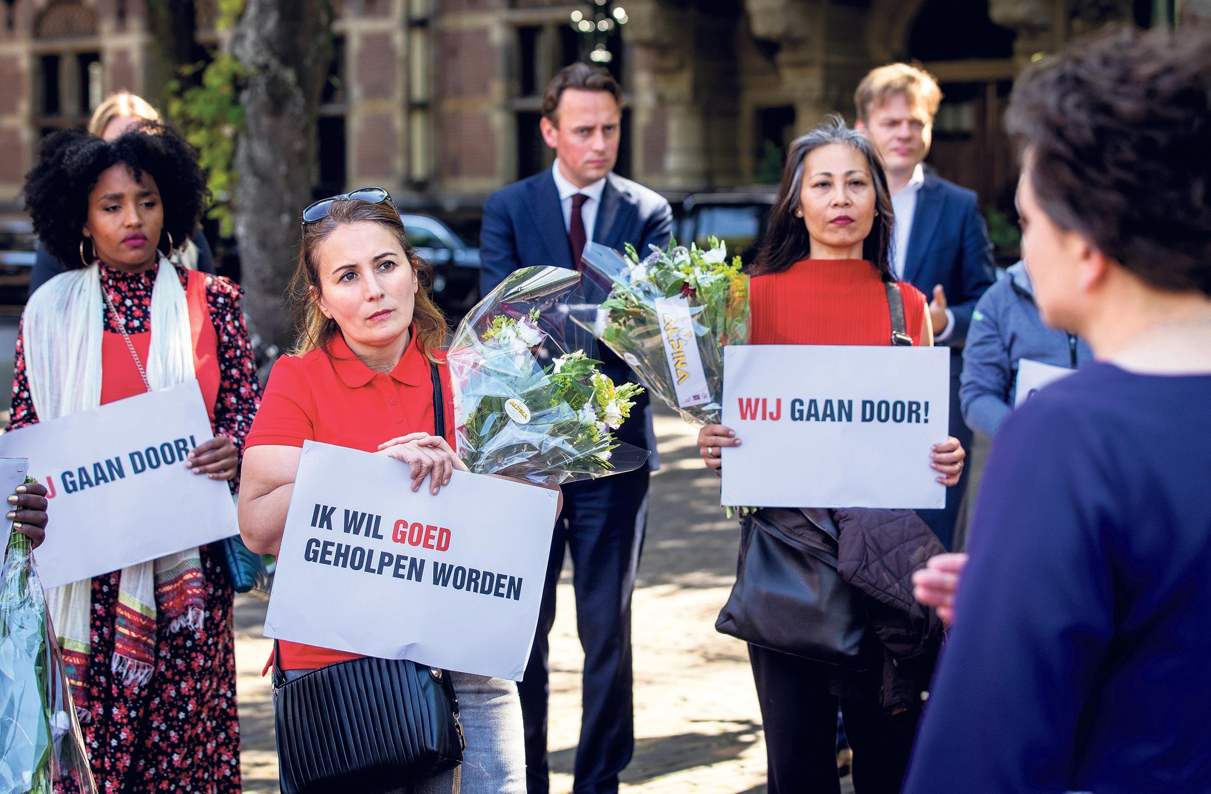 Hilversum start zoekactie naar de 38 slachtoffers van de toeslagenaffaire kinderopvang. Belastingdienst mag de namen niet geven. 'We willen de gezinnen verder helpen'