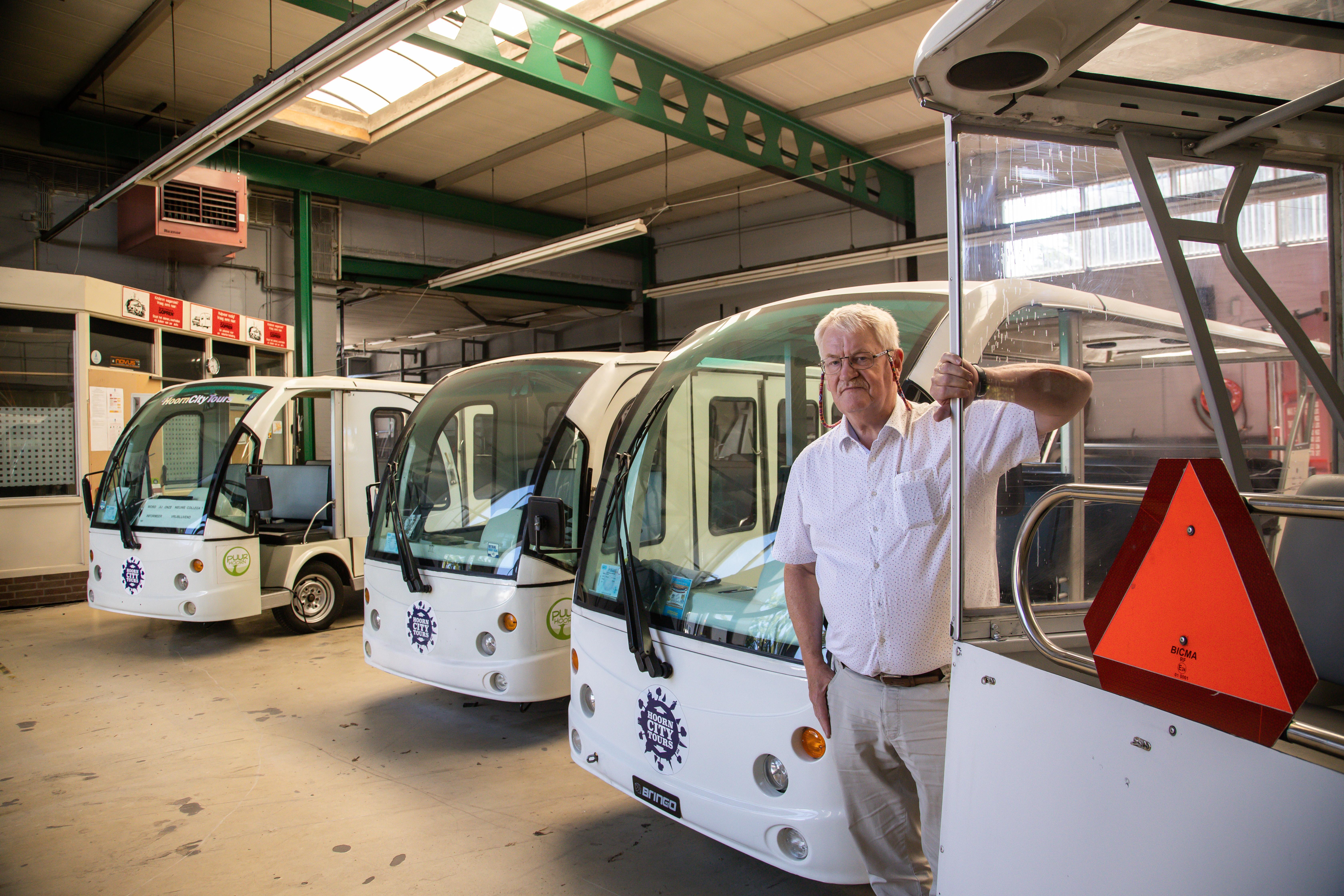 Elektrische busjes Hoorn City Tours mogen niet meer rijden: 'Een drama'
