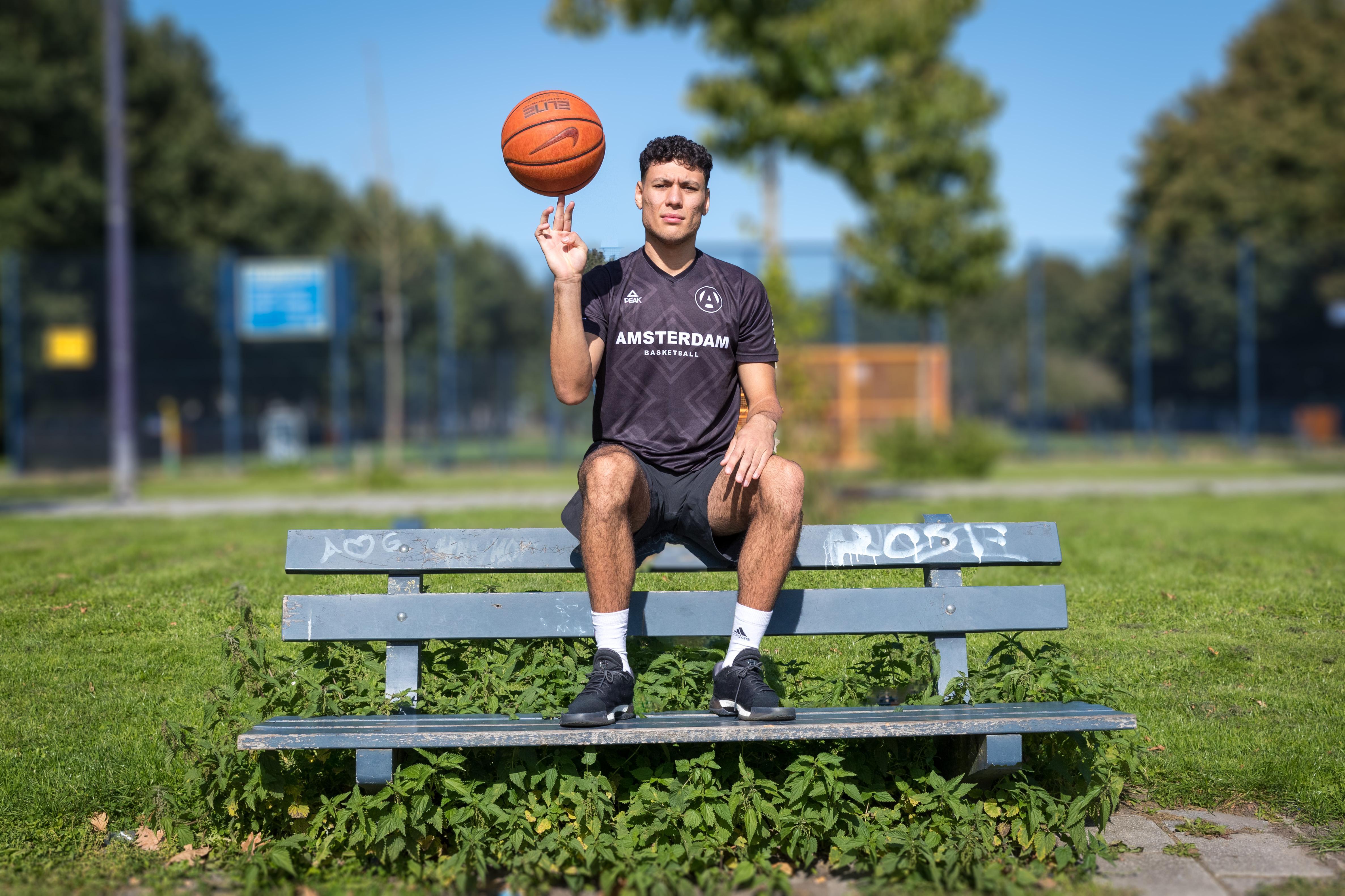 Het harde werken van Donny Hoft is beloond: basketballer uit Hoorn speelt 'eindelijk' in de Dutch Talent League