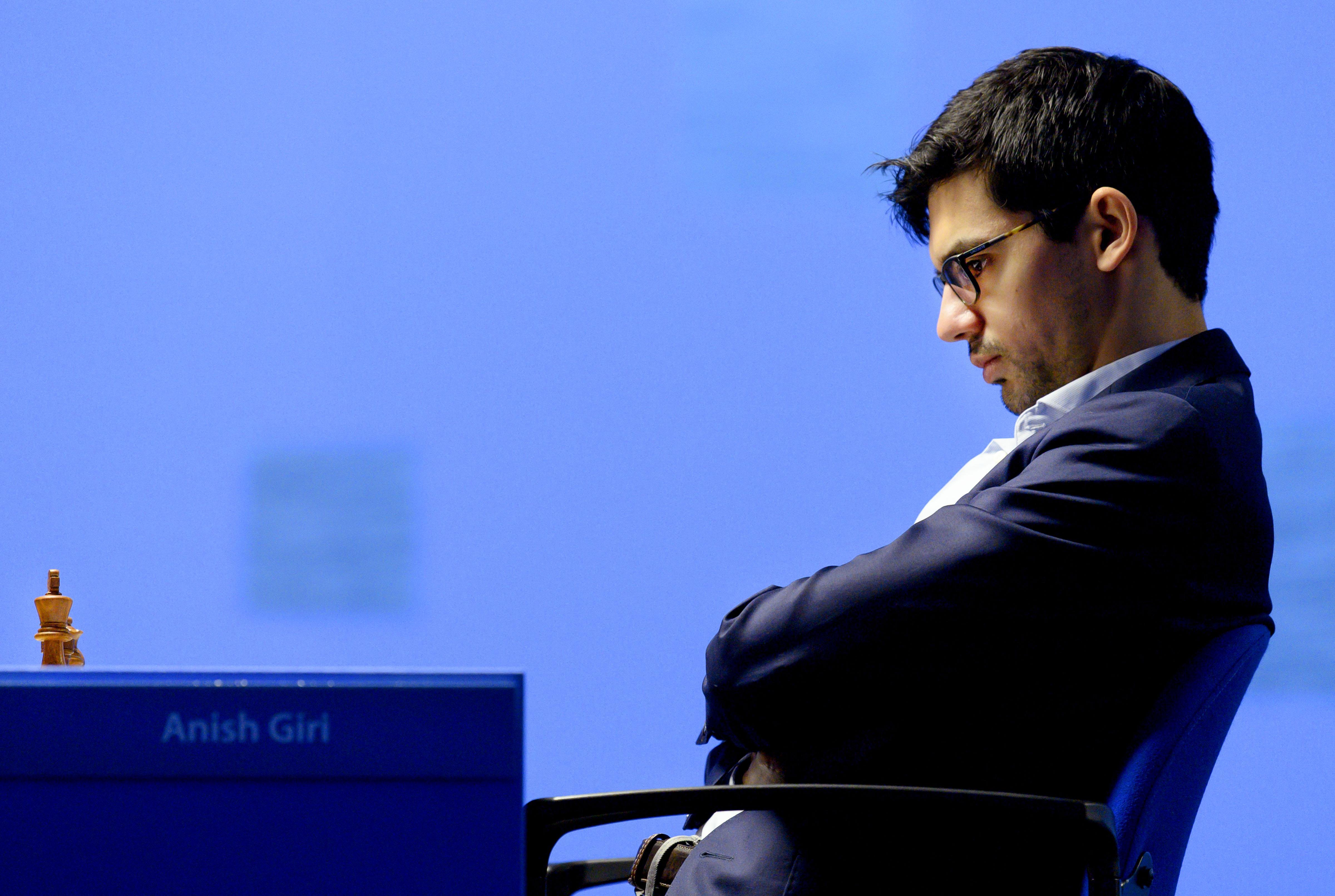Schaker Giri blijft ondanks remise alleen aan de leiding tijdens Tata Steel Chess