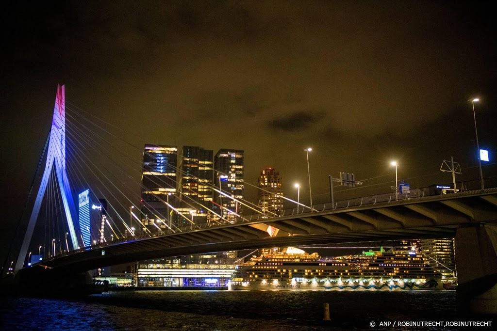Songfestival kleurt Rotterdamse straten
