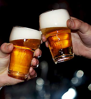 Drie minderjarigen met alcohol naar ziekenhuis Hoofddorp
