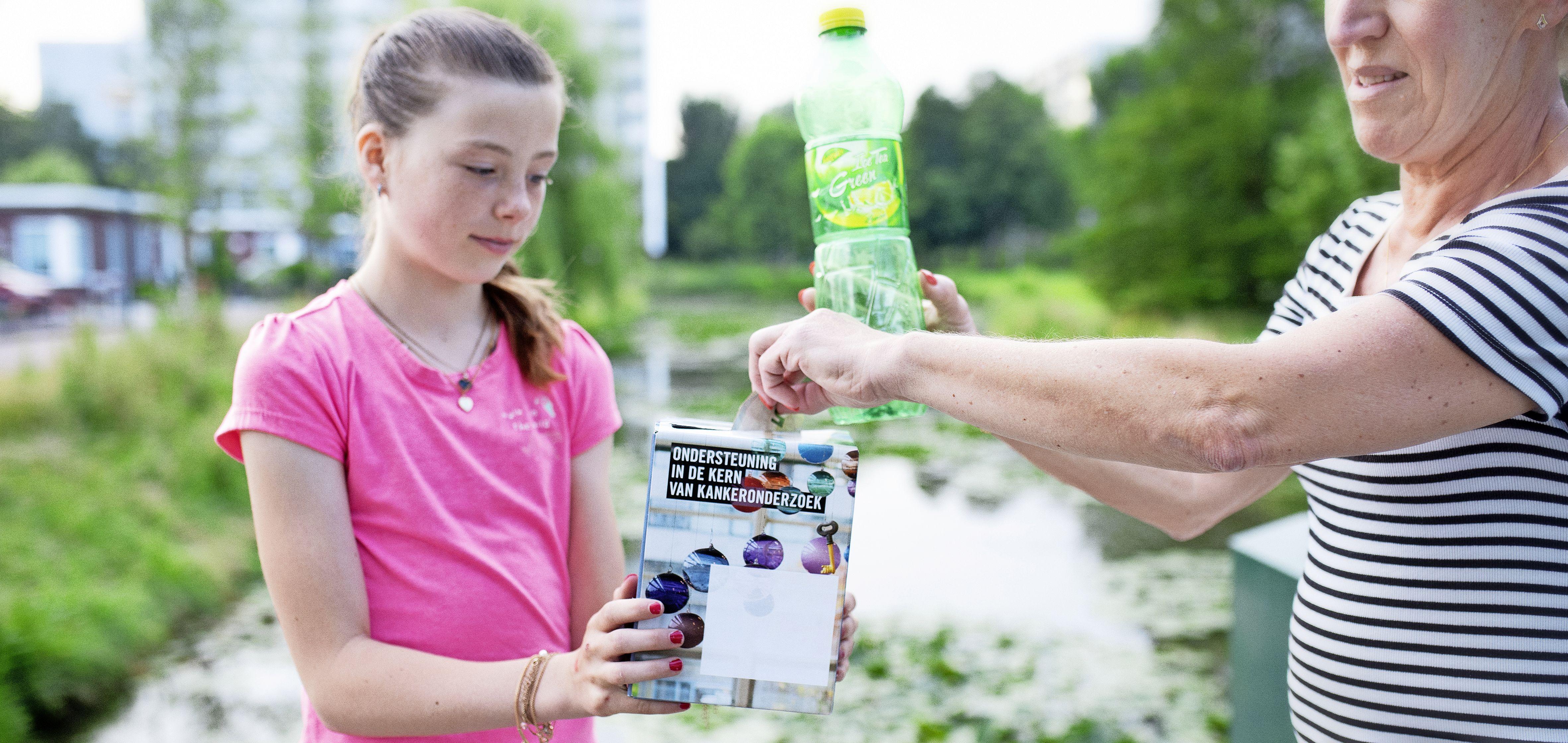 Verschilmakers: 11-jarige Cherie zamelt 240 dagen lang geld in voor kankeronderzoek. 'Ik hoopt dat het meehelpt om meer mensen beter te kunnen maken'