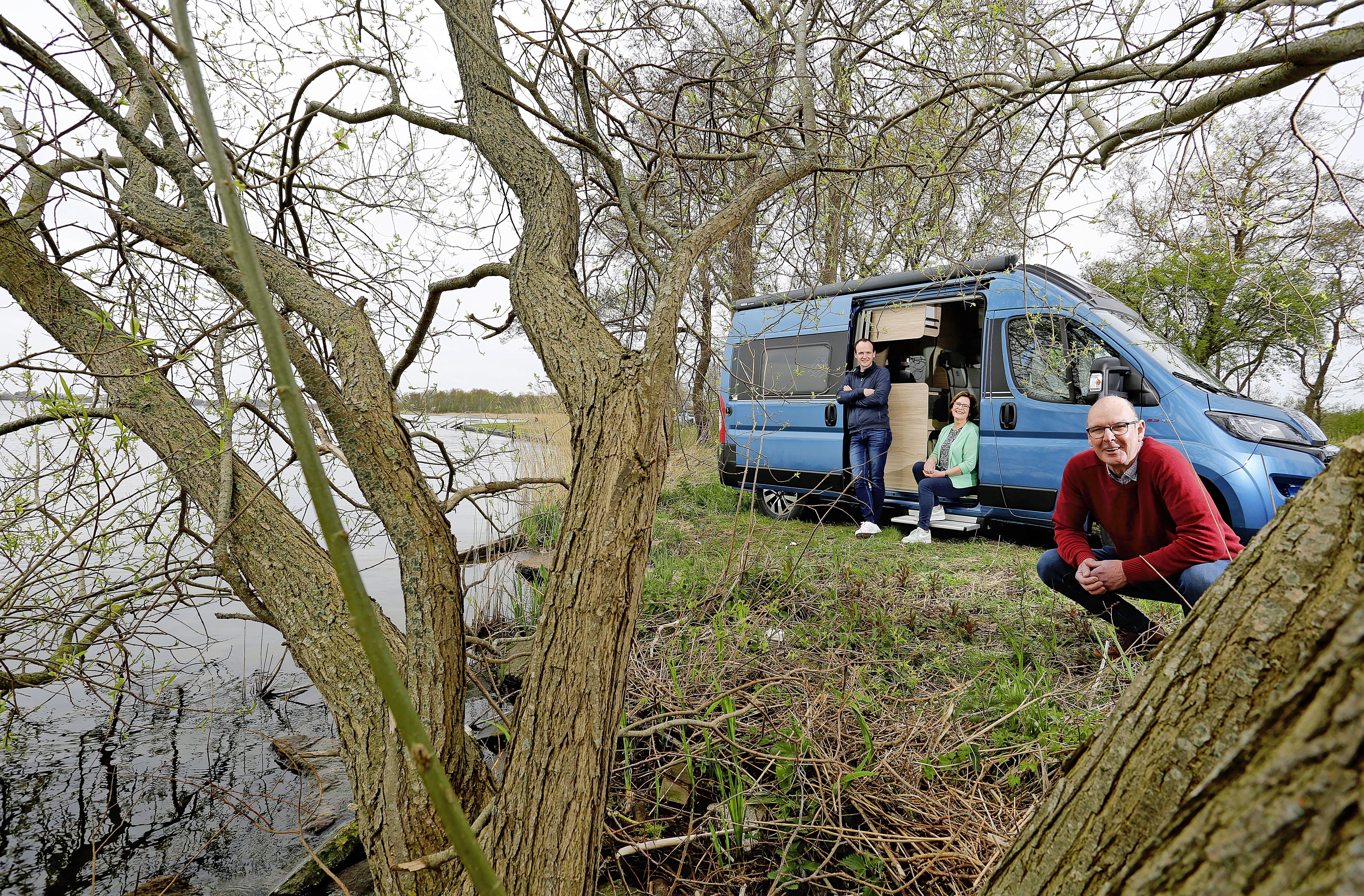 Henk en Saskia uit Hilversum de koning te rijk met hun nieuwe camper, de 150.000e in Nederland