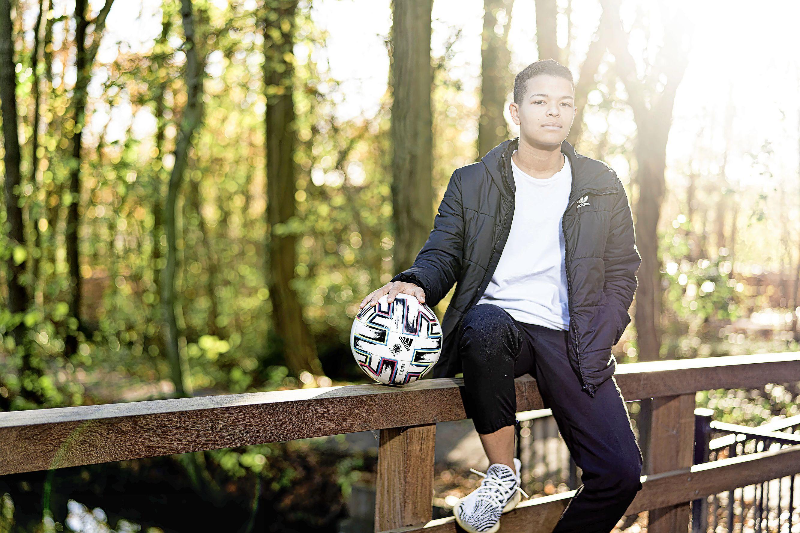 Leidse Samantha van Diemen maakt haar eerste doelpunt voor Ajax [video]