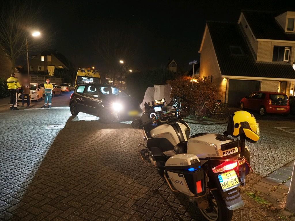 Brommerrijder gewond bij botsing met auto in Velserbroek
