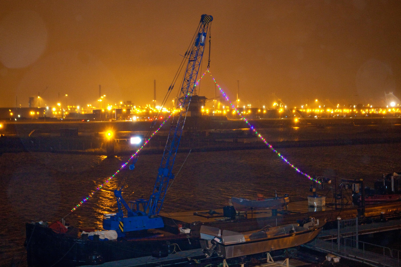 Zeehaven IJmuiden en Tata Steel verwachten geen last te hebben van de avondklok. 'Daar hebben we ons al een paar maanden geleden op voorbereid'