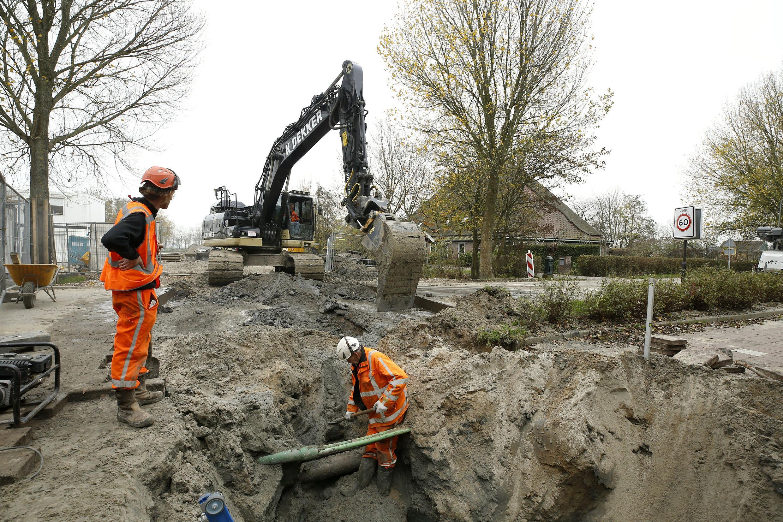 De bouw van Dirkshorn-Zuid is gestart, de doorgaande weg een week afgesloten