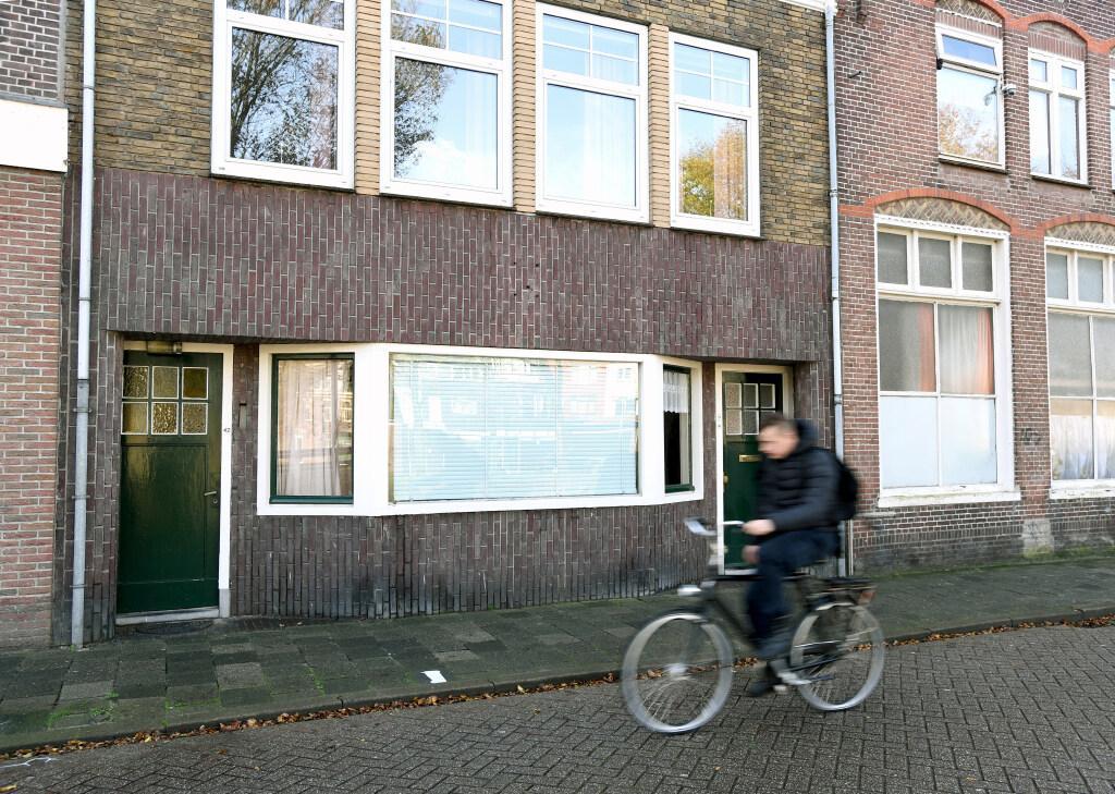 Wijkbelang wil betere bestemming voor voormalig politiebureau aan de Spoorgracht in Den Helder