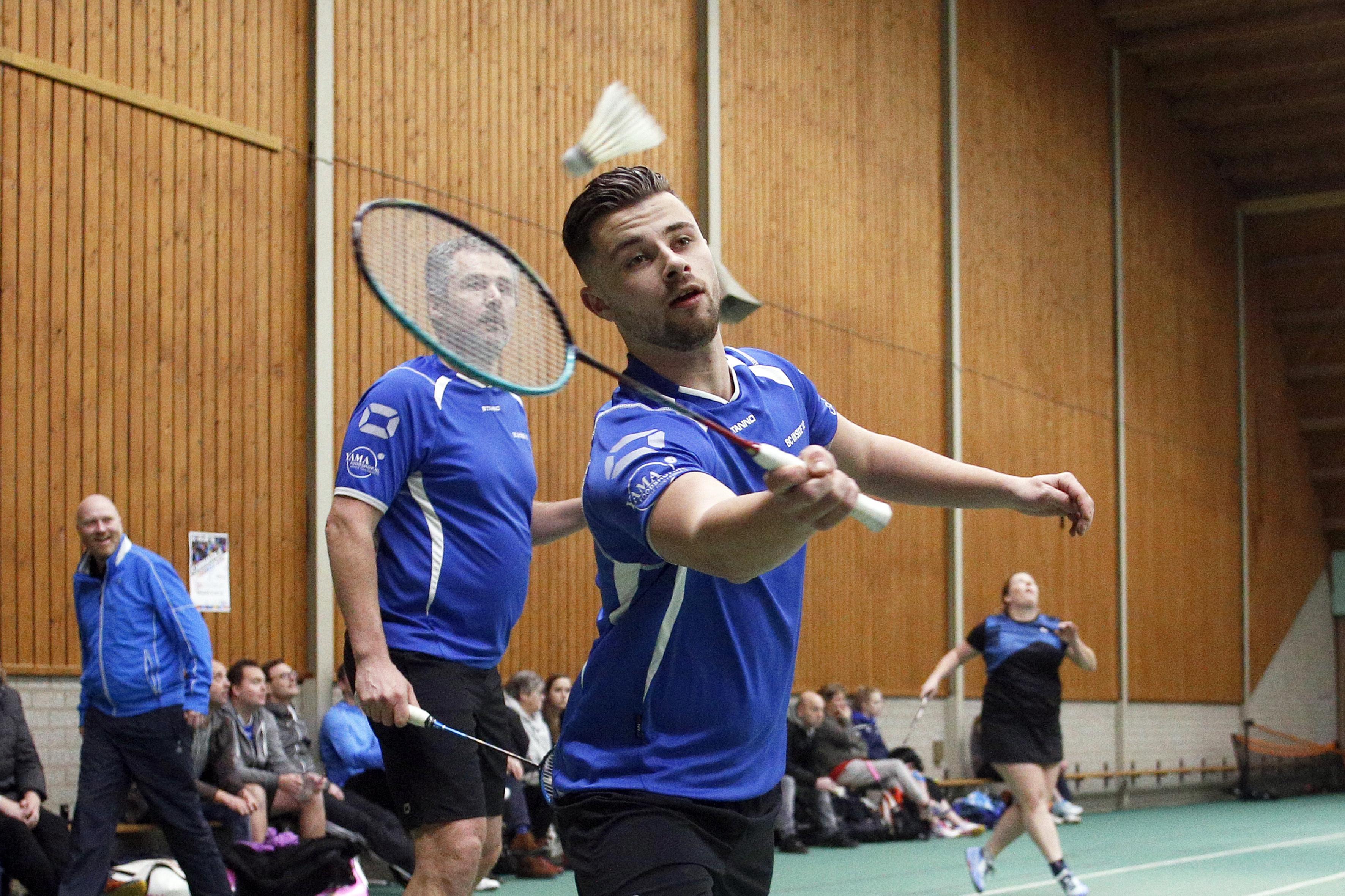 Badminton: Huizen en Weesp maken zich nog geen illusies, Inside verliest vlot van favoriet
