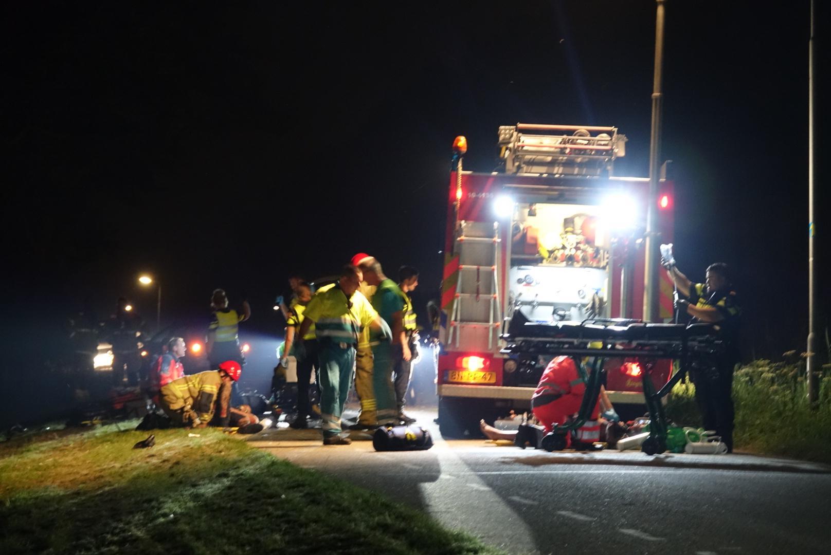 West-Friezen gewond bij zwaar ongeval op de Westdijk bij Zuidschermer