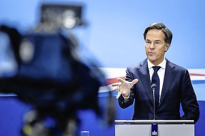Nieuwe versoepelingen pas na piek derde coronagolf; kabinet wil met vijf stappen coronaregels versoepelen