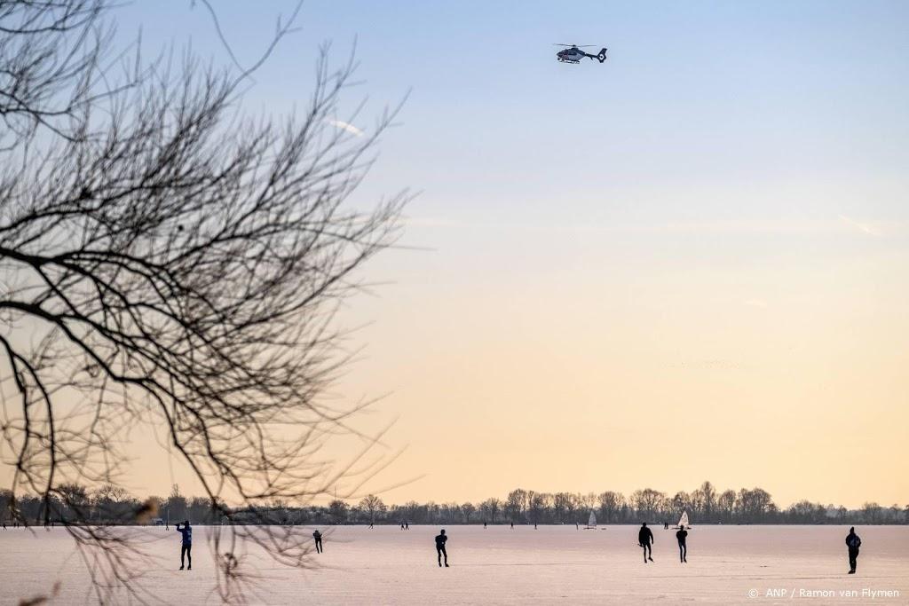 Meerdere gemeenten sluiten wegen af vanwege drukte op ijs