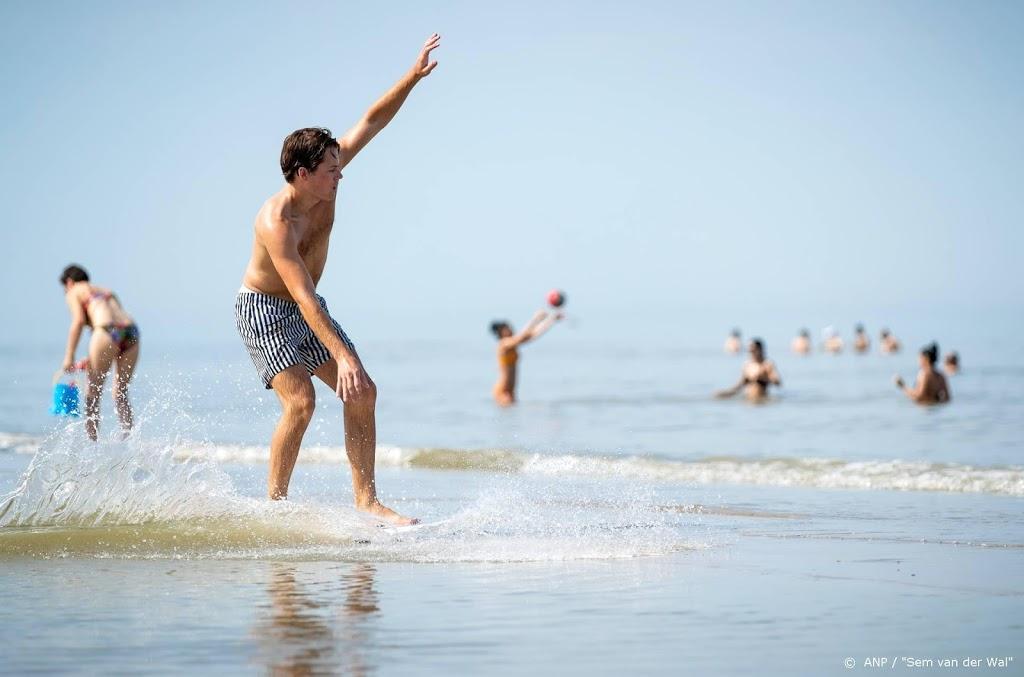 Reddingsbrigade: zwemmers lijken voorzichtiger
