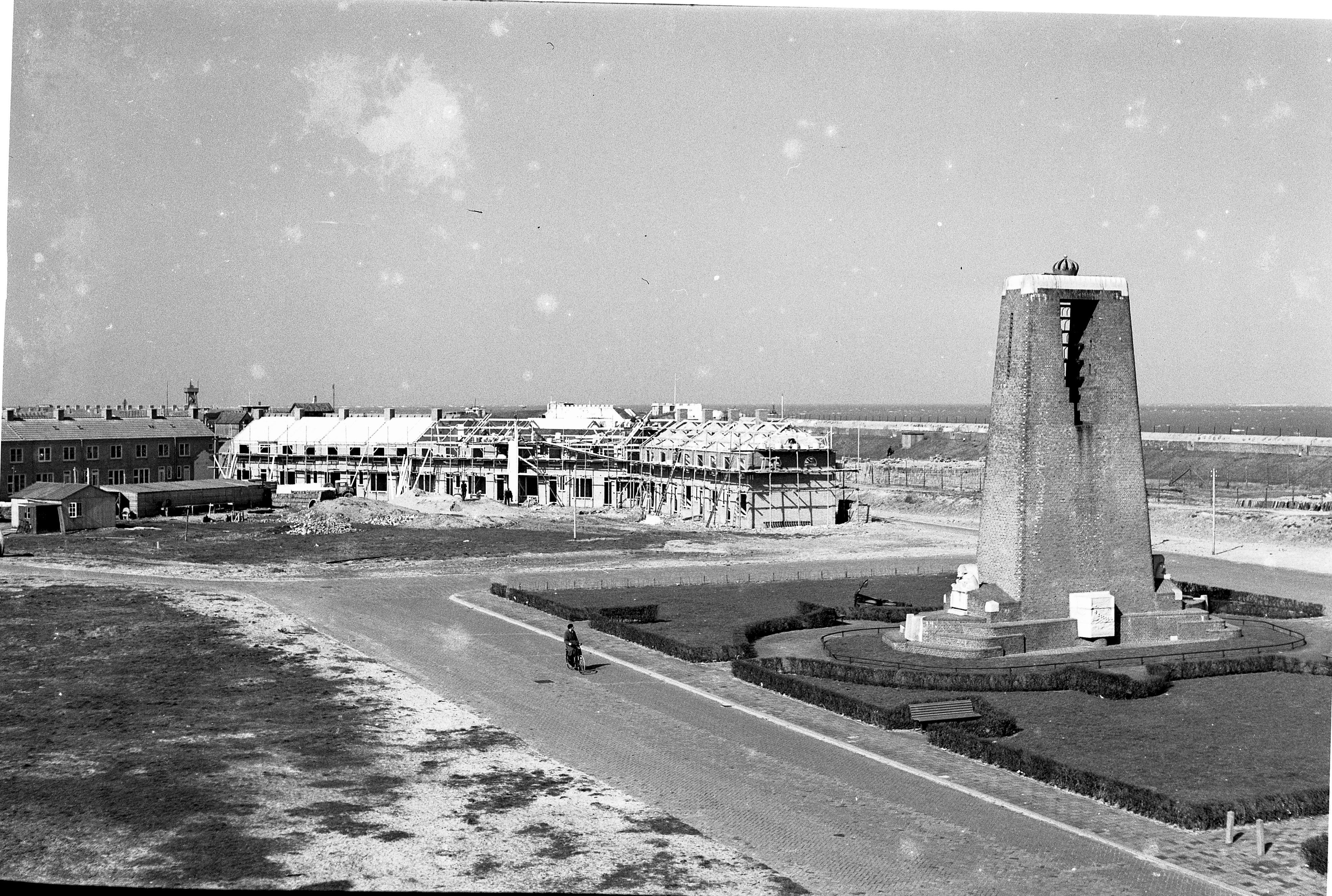 De neergang van een eeuwenoud kustdorp, stadsbestuur rook zijn kans na de Tweede Wereldoorlog