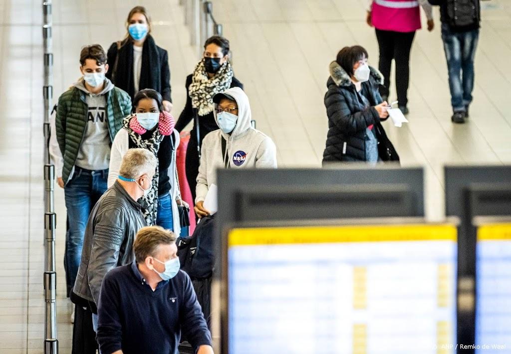 Sneltest wordt verplicht voor reizigers uit VK en Zuid-Afrika