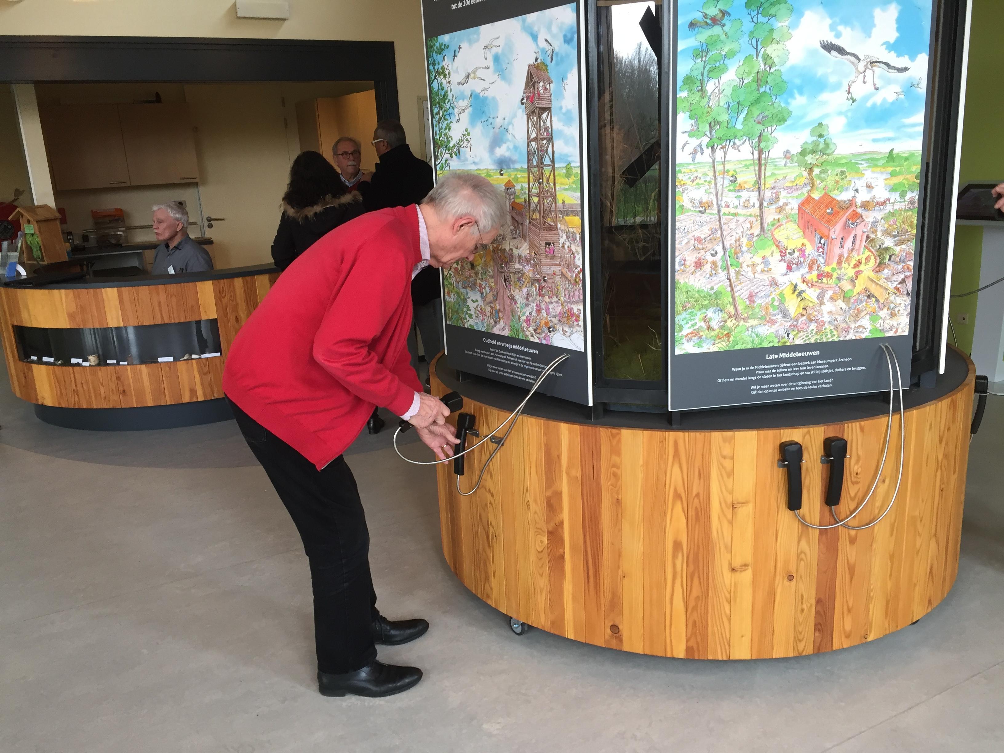 Legakkers, oeverwallen en een otter in het vernieuwde bezoekerscentrum De Veenweiden