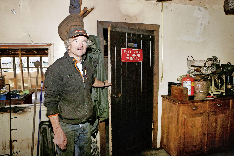 Gunfactor helpt Larense ondernemer letterlijk uit de brand; Iedereen schiet Menko König te hulp. 'Ik kom een heel eind. Nee, ik ga het redden'