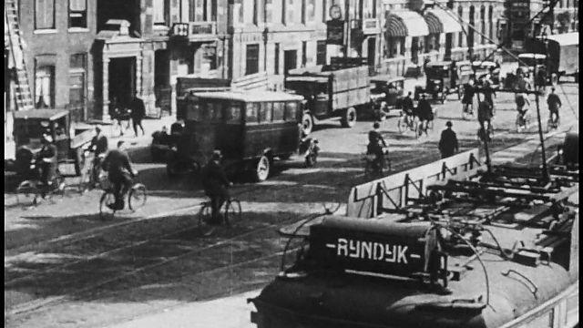 Bewegend Verleden: Een impressie van Leiden in 1931 [video]
