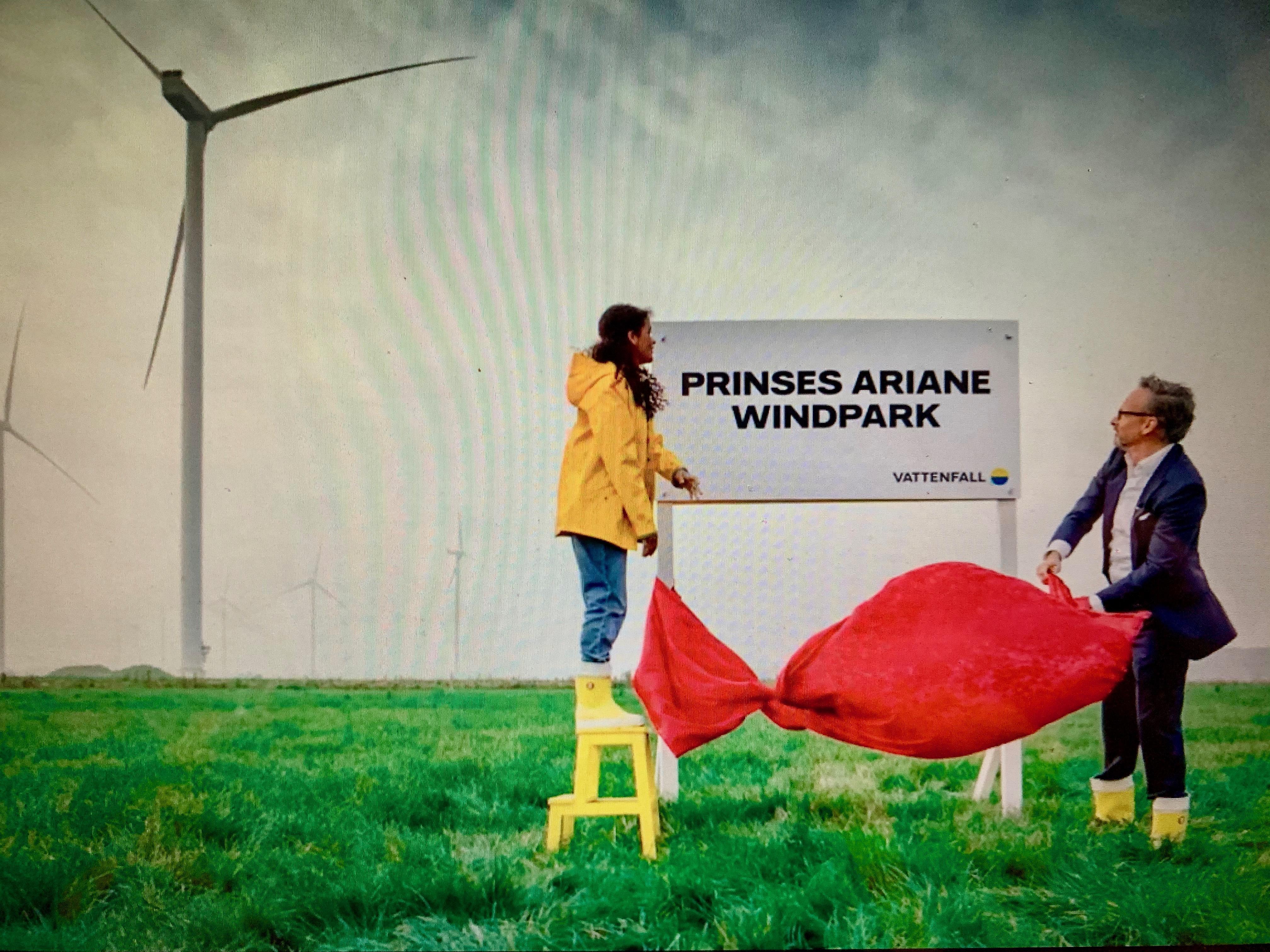 'Prinses Ariane Windpark' in Wieringermeer via livestream geopend door Vattenfal-ceo Martijn Hagens en Indira