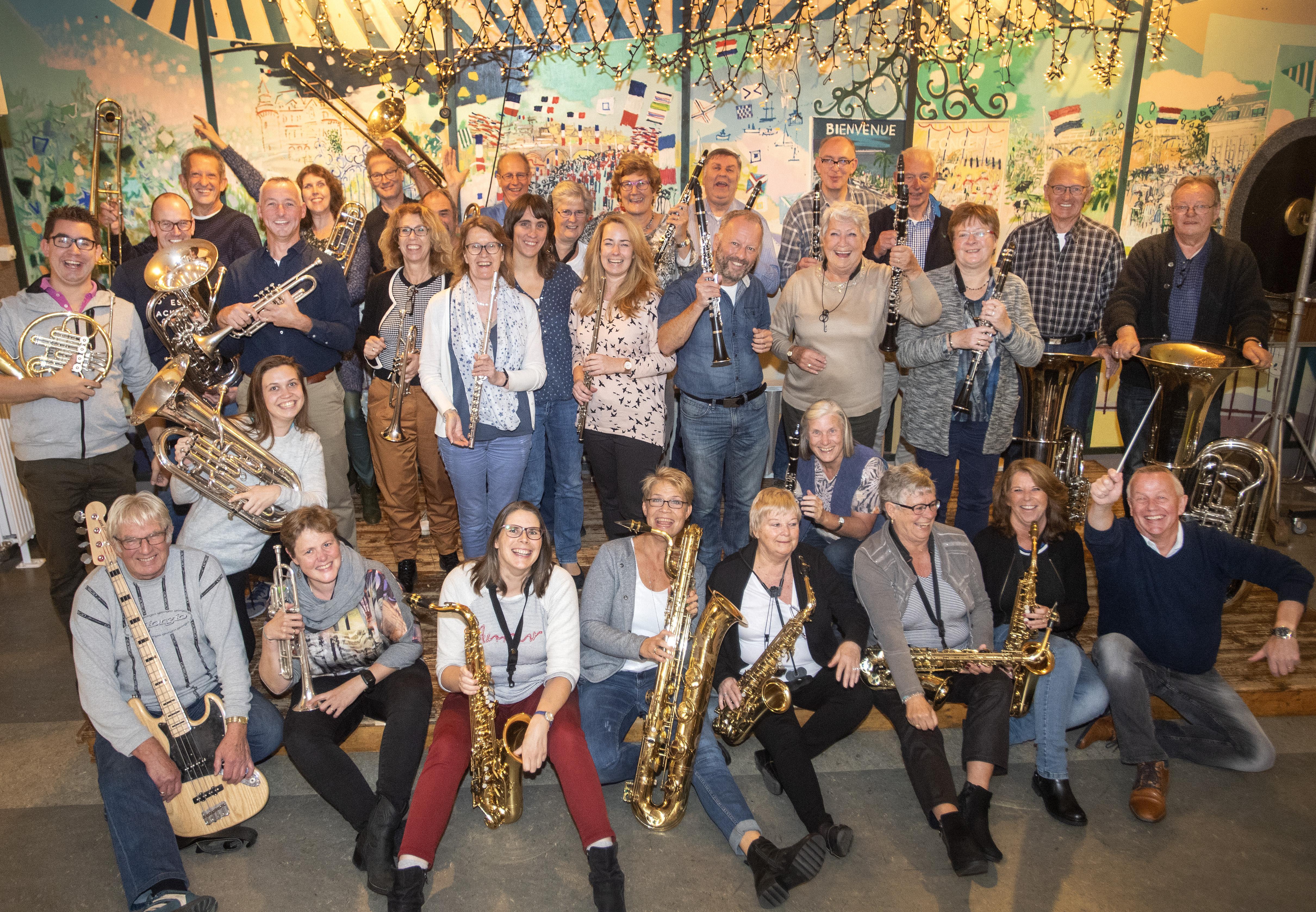 Vijfde Proms in Stadsschouwburg Velsen
