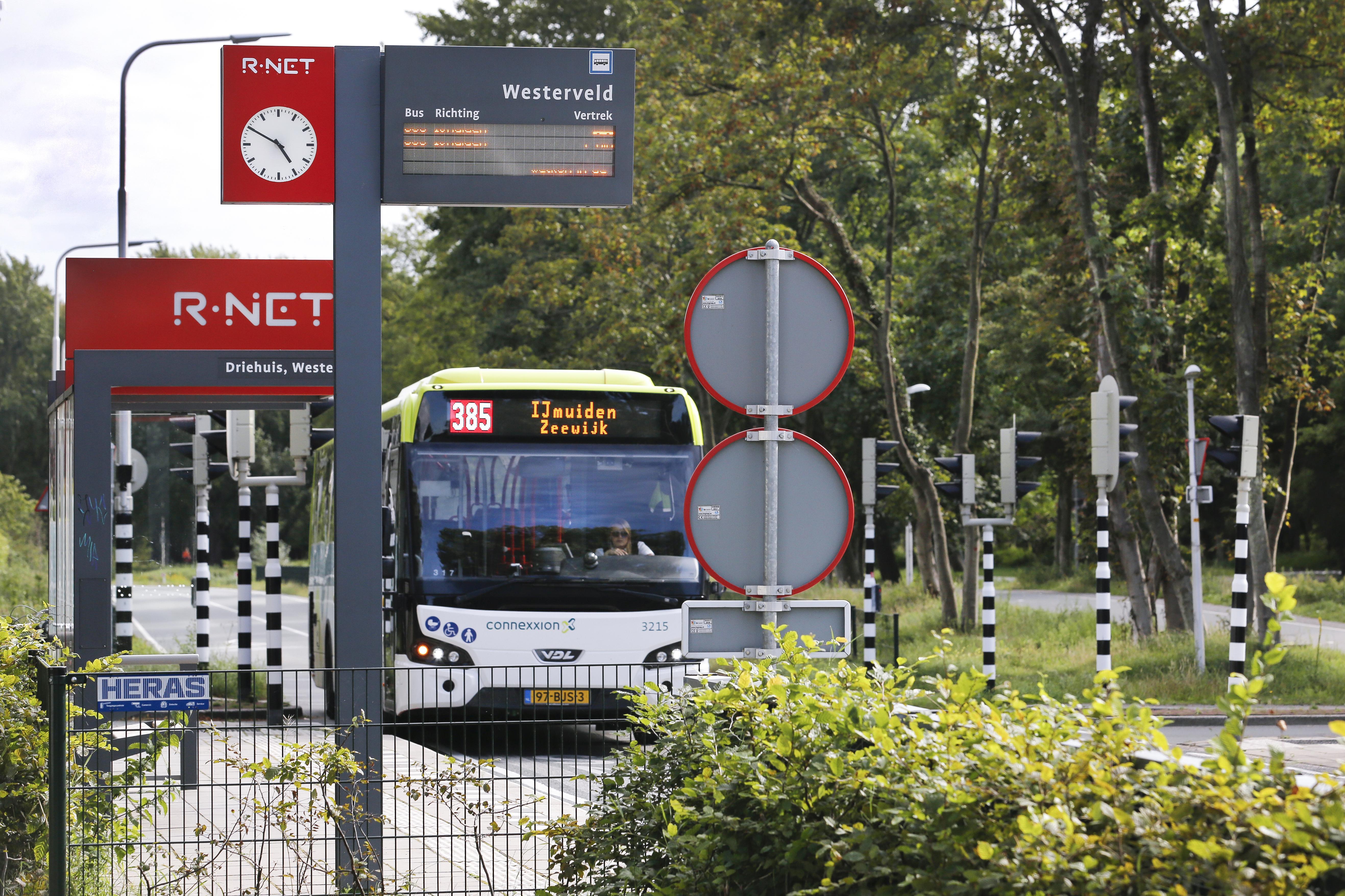 Extra bijeenkomst in Dorpsdialoog Driehuis over verkeersonderzoek; parkeren, veiligheid en bereikbaarheid vaak genoemd in enquête