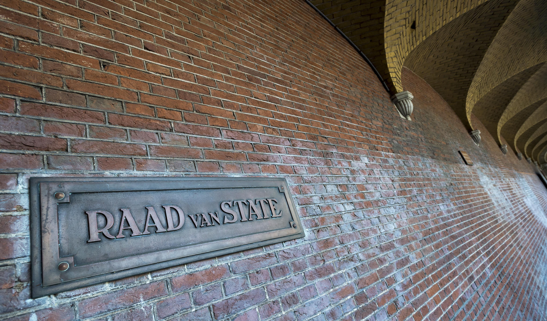 Blaricummer voor dakkapellen overburen naar Raad van State. 'Die dingen moeten eraf'