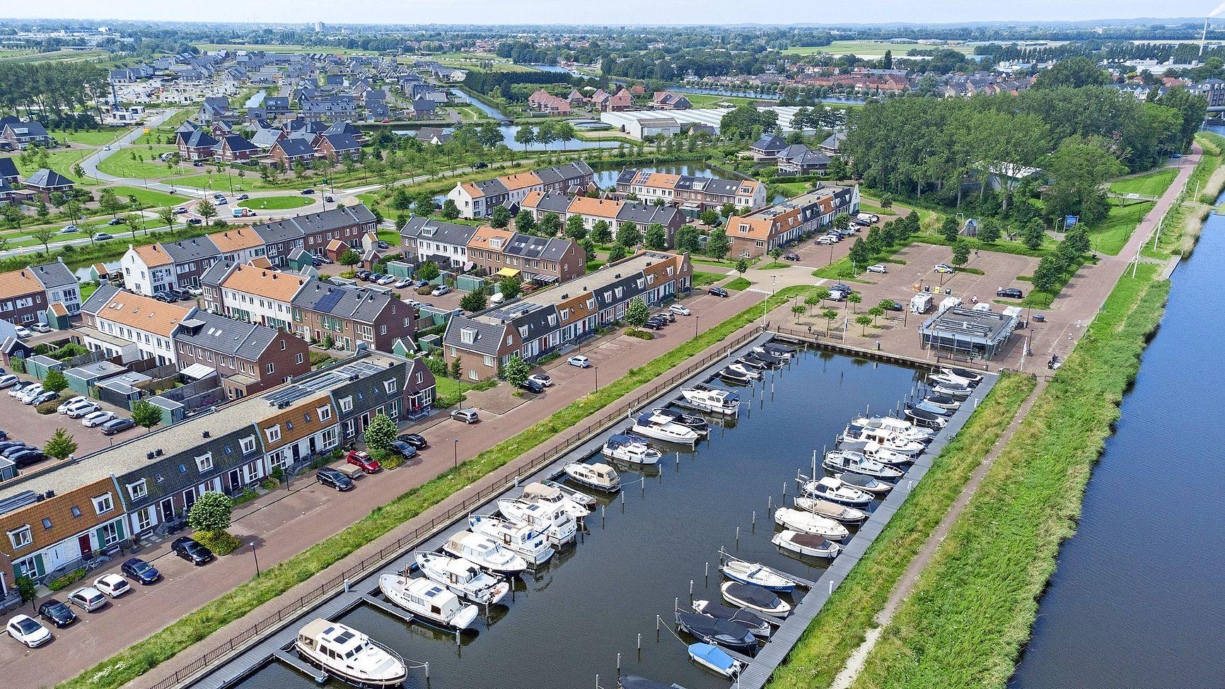 Plan voor grensgebied Westdijk aangepast na reacties inwoners. Zorgen over parkeren, brug en wandelvlonders
