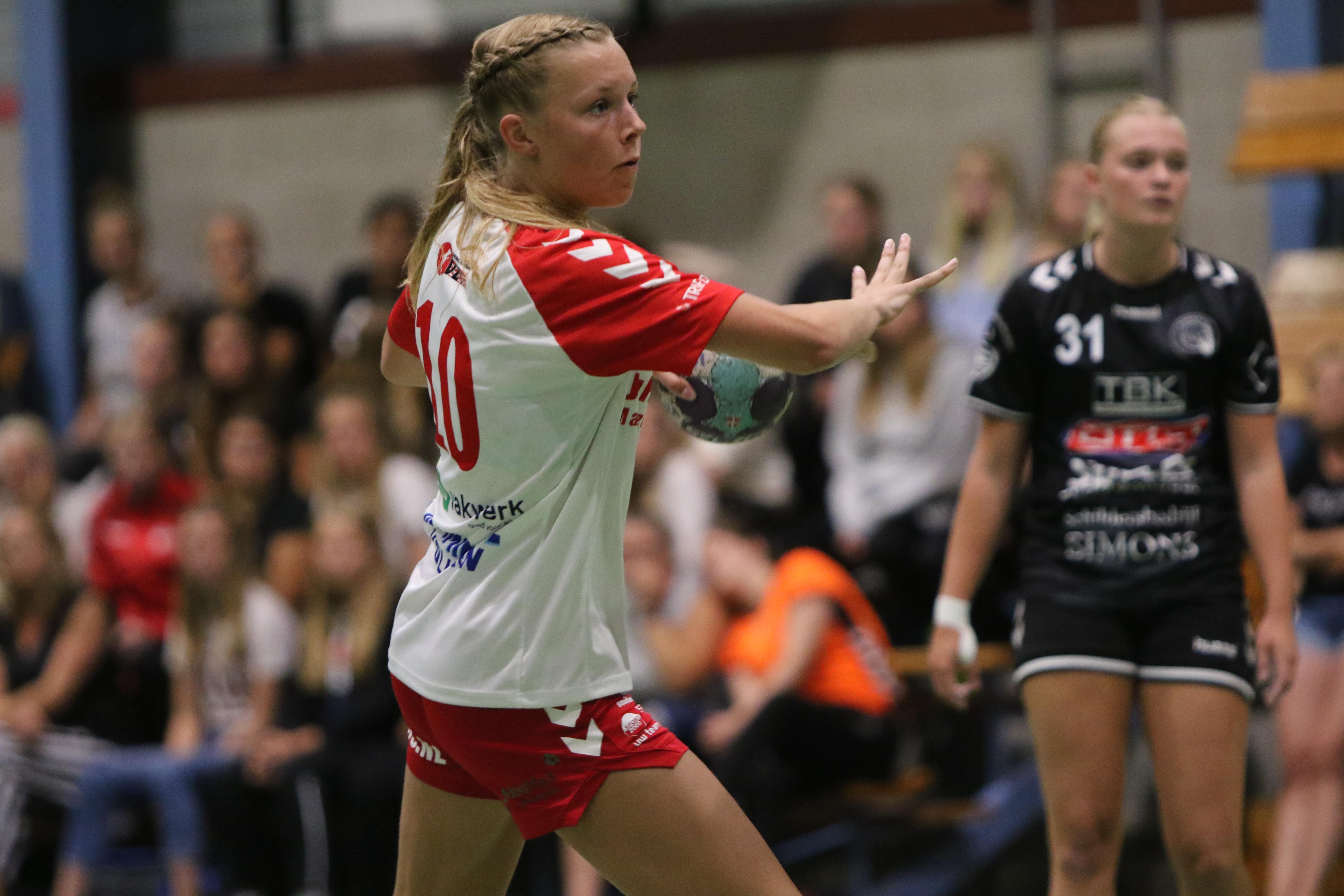 Lisa Vlug heeft afgelopen zomer maximaal aangegrepen om zich ook persoonlijk bij VZV als handbalster te ontwikkelen