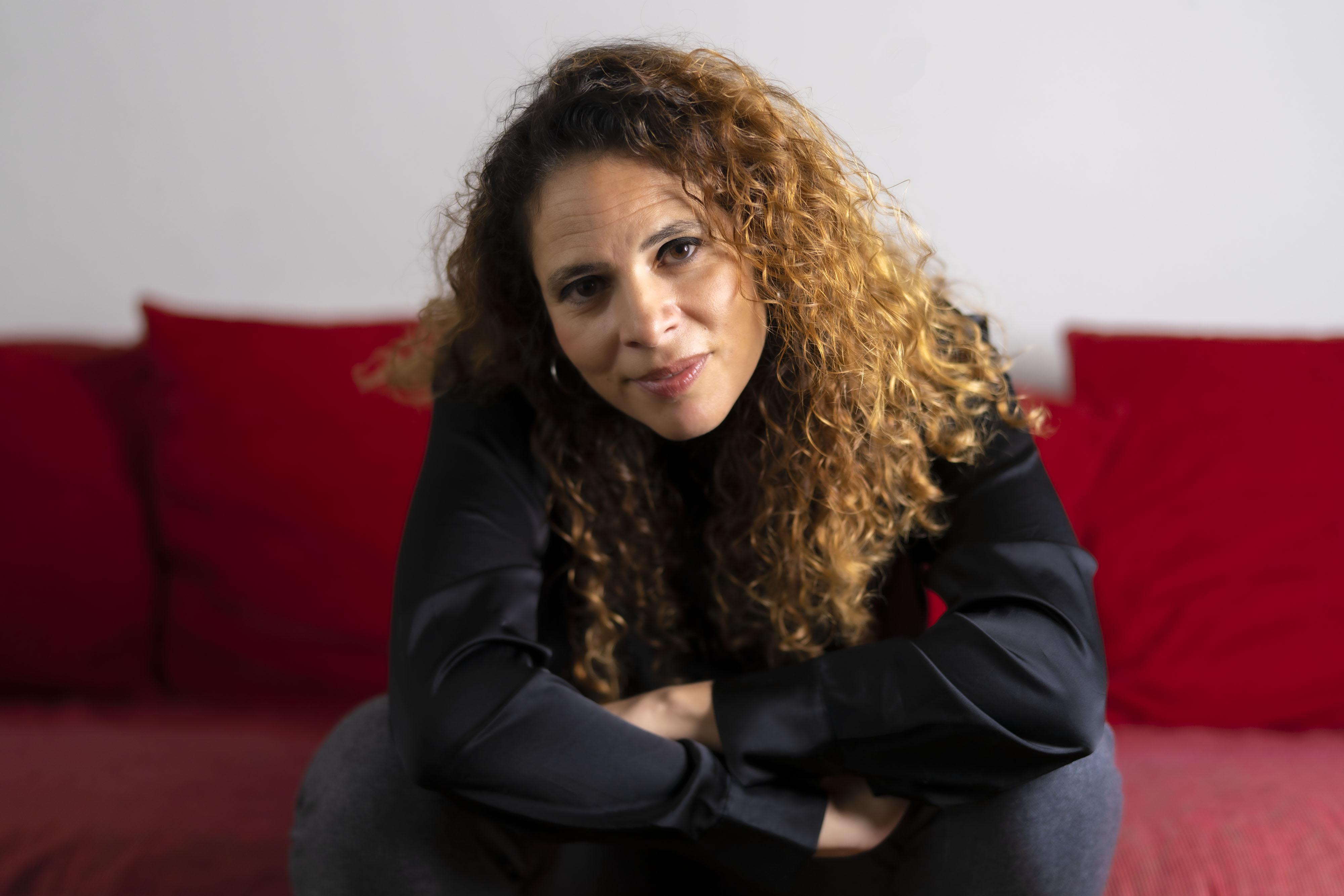 Lockdown brengt digitalisering onderwijs in stroomversnelling, merkt hoogleraar e-Didactiek Nadira Saab