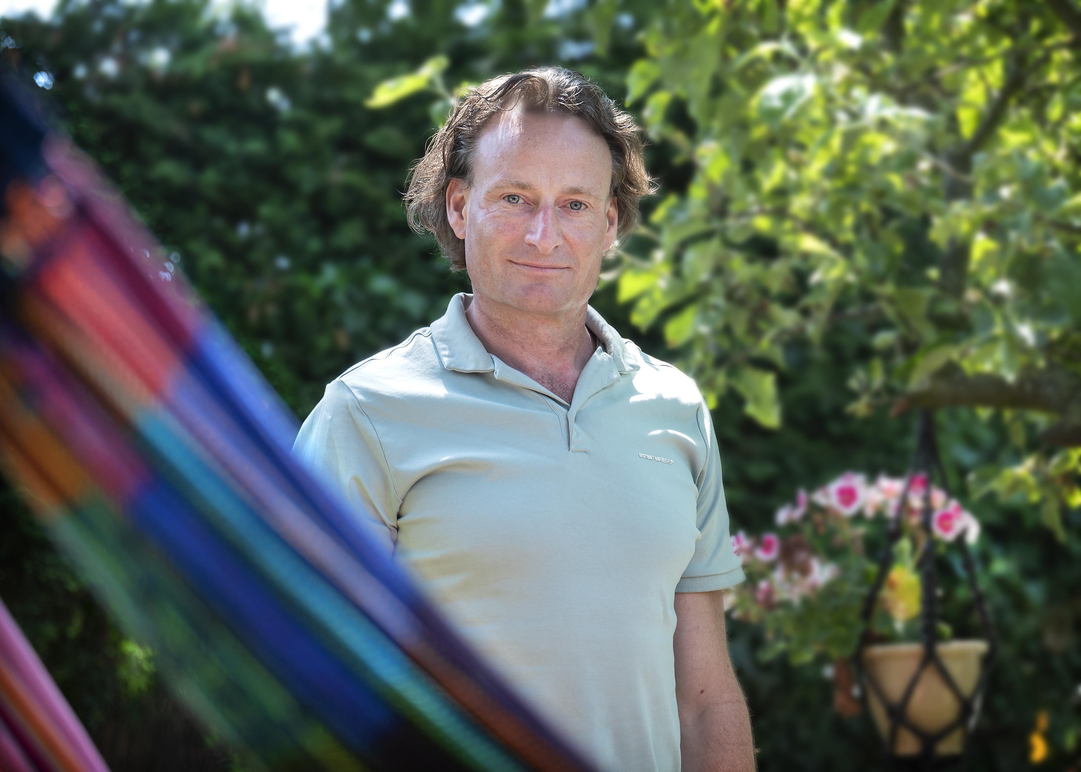 Jurist Jeroen Pols van Viruswaanzin strijdt tegen de maatregelen en de spoedwet: 'Regels erger dan het virus'