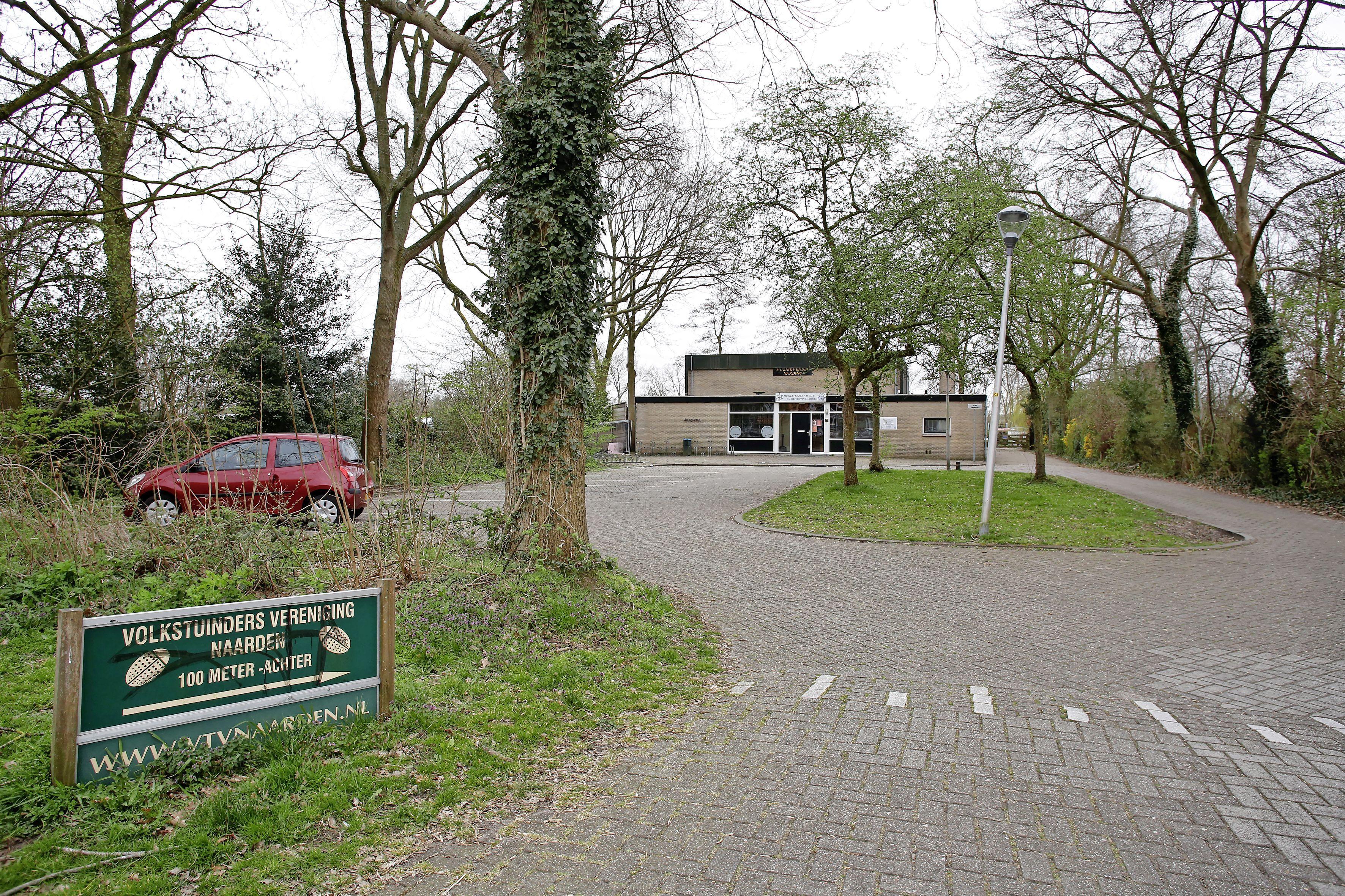Volkstuinders in Naarden zijn woest nadat drugsdealers een van hun leden hebben afgetuigd: 'Ze zorgen al jaren voor ellende. We zijn het spuugzat'