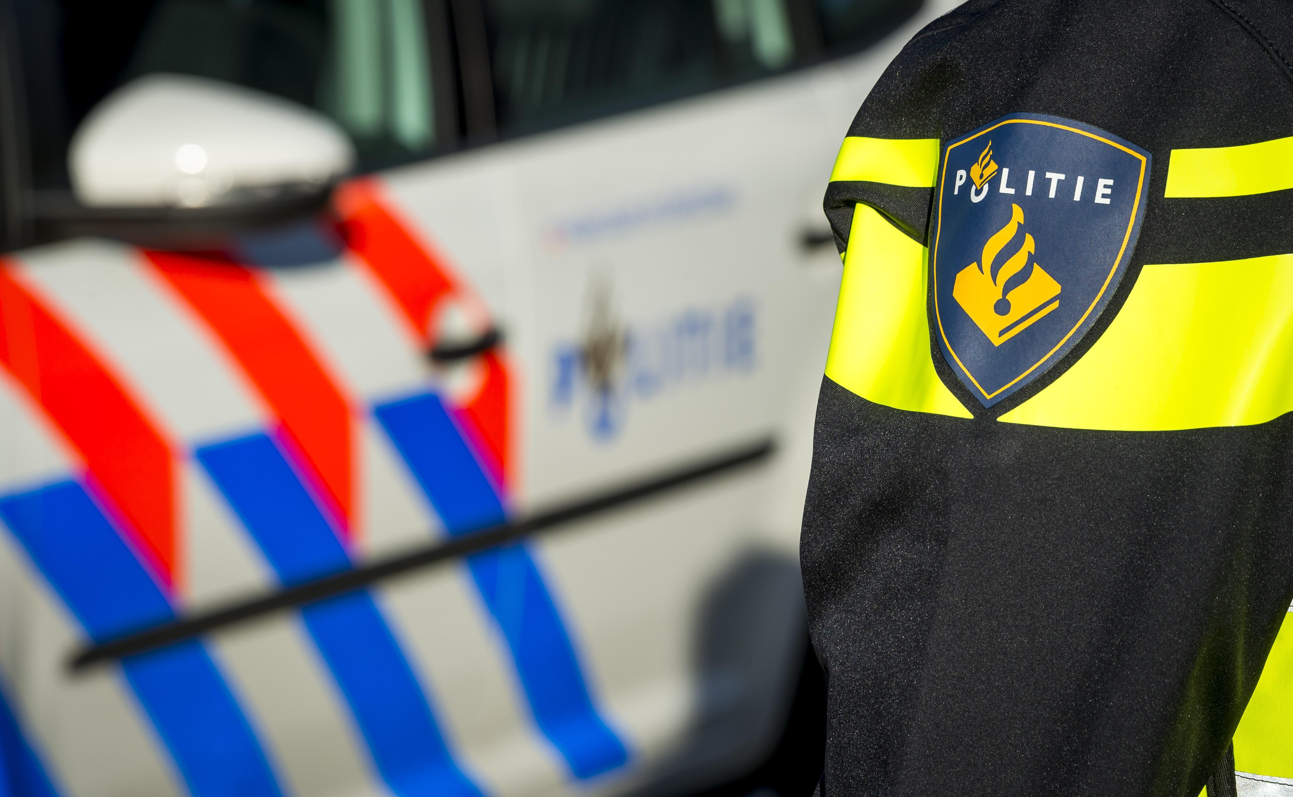 Obdammer (19) aangehouden voor plegen van ramkraak bij loods met gestolen bestelbus