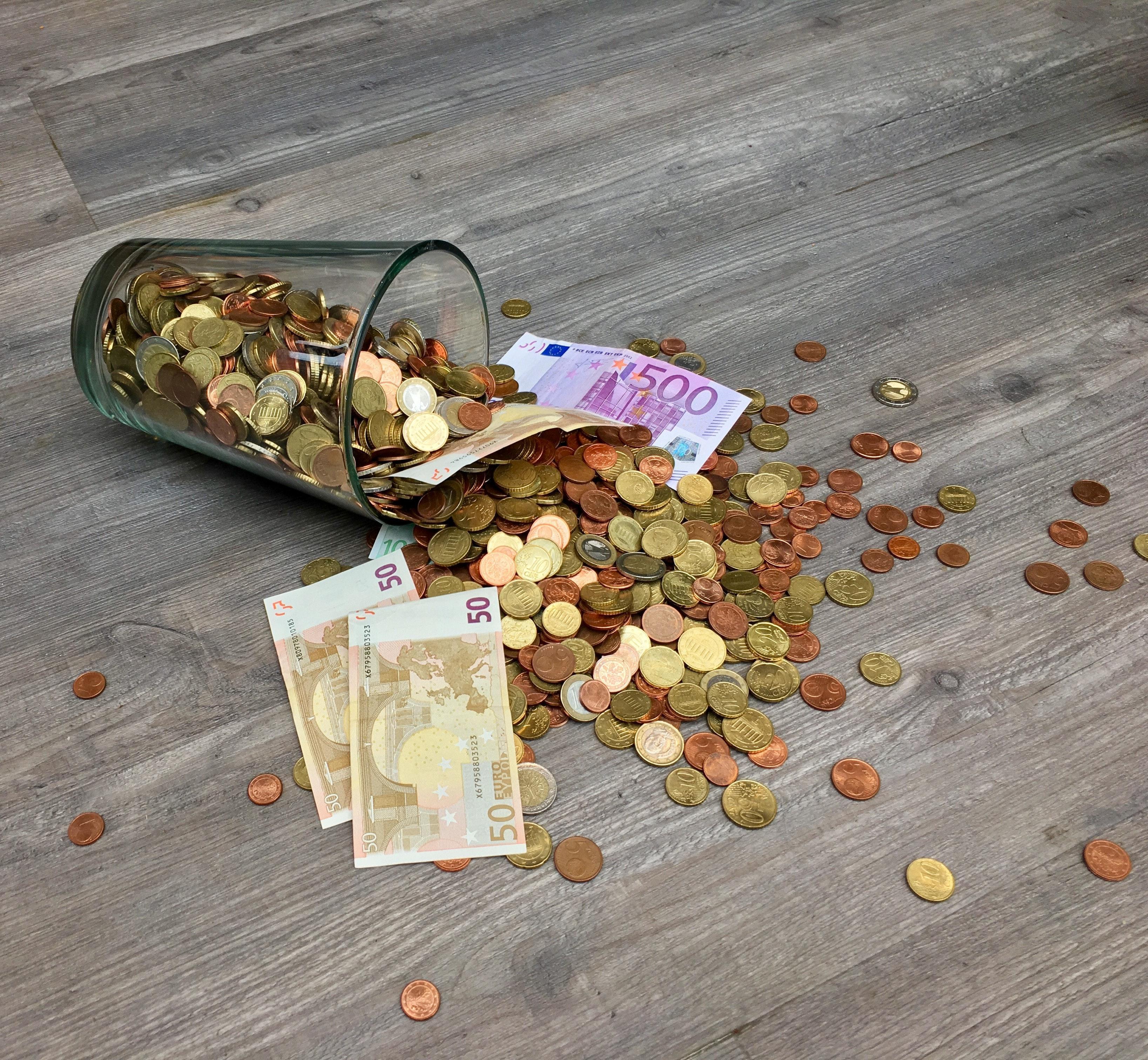 Niet langer mogelijk om geld te storten bij de ING-bank in het centrum van Haarlem; Geldmaat plaatst pas in het najaar een geldstortmachine