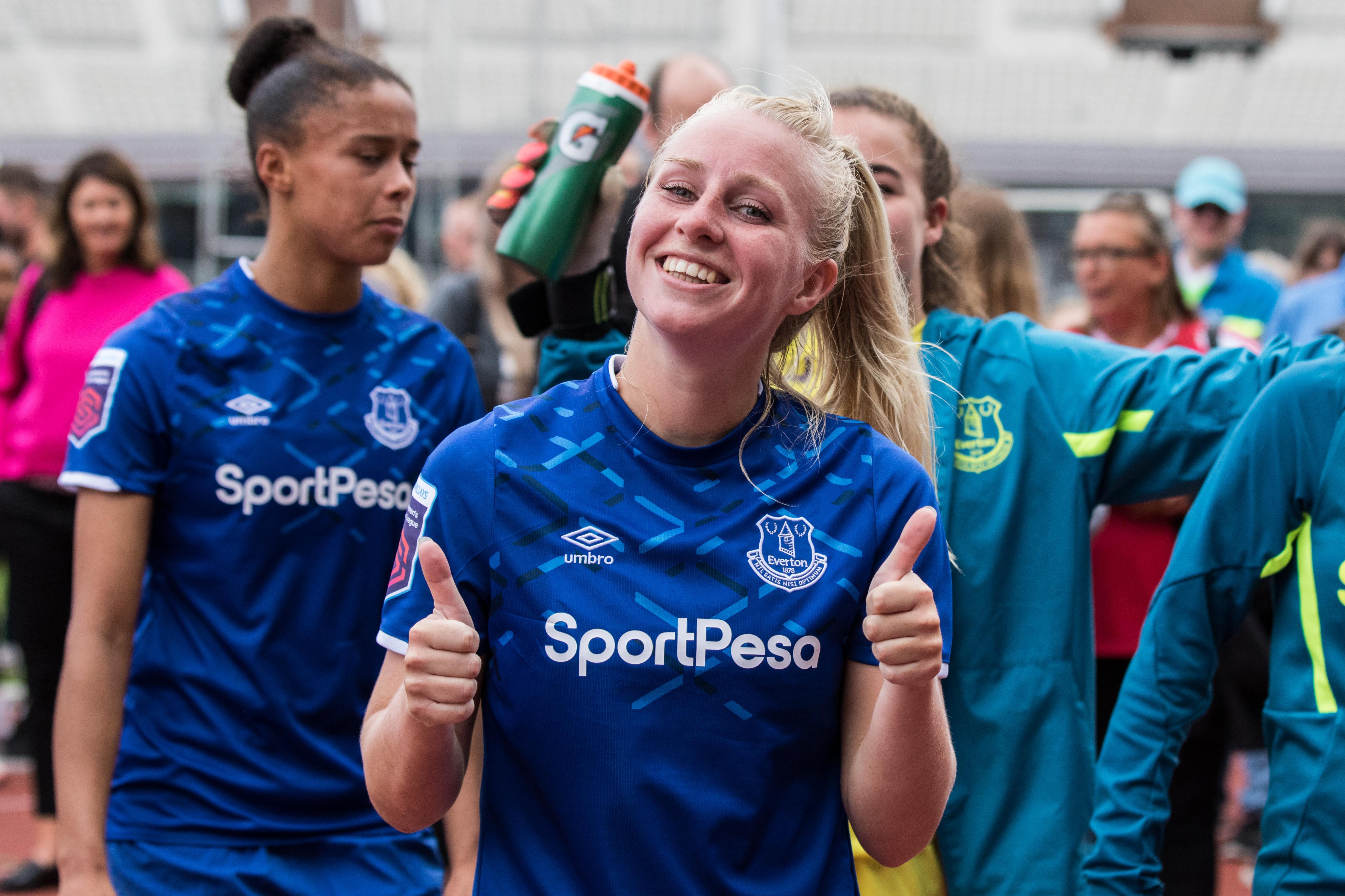 Zesvoudig international Inessa Kaagman vertrekt bij Engelse club Everton: 'Het is tijd voor een volgende stap' [video]