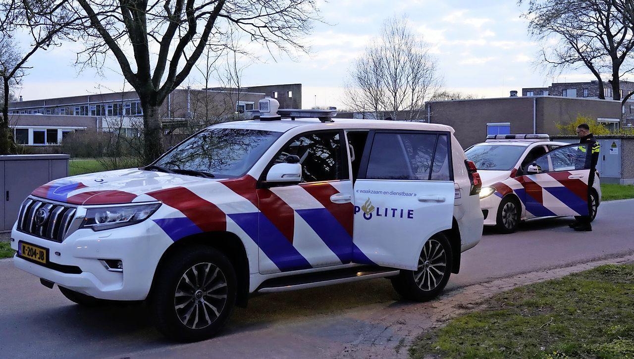 Cantabestuurder rijdt tegen auto aan in Julianadorp; bestuurder blijkt onder invloed van drugs en onverzekerd [update]