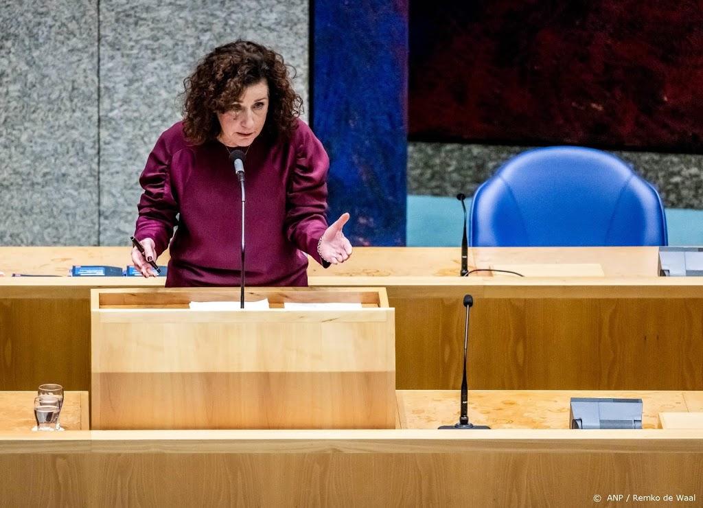 Van Engelshoven: vrouw heeft recht om veilig over straat te lopen