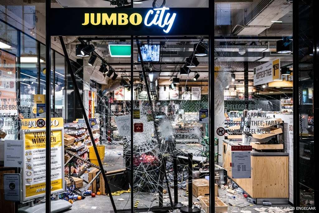 Verdachte geplunderde Jumbo in Eindhoven aangehouden