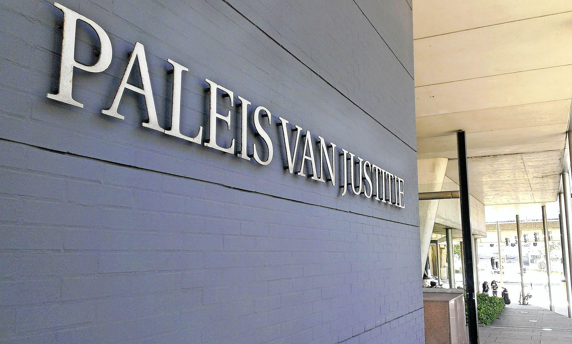 Lage celstraf voor 24-jarige Hoofddorper in afpersingszaak asielzoeker