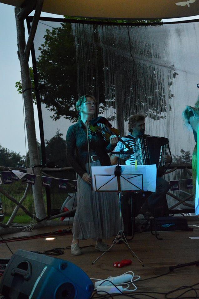 Veelkleurig festival bij Harmoniekoepel Nieuw-Vennep