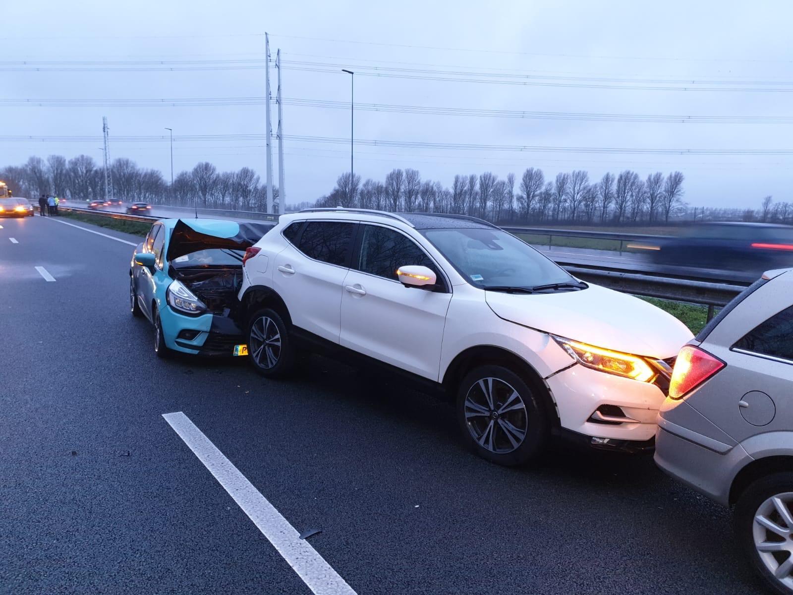 Twee ongelukken op de A44 bij Abbenes
