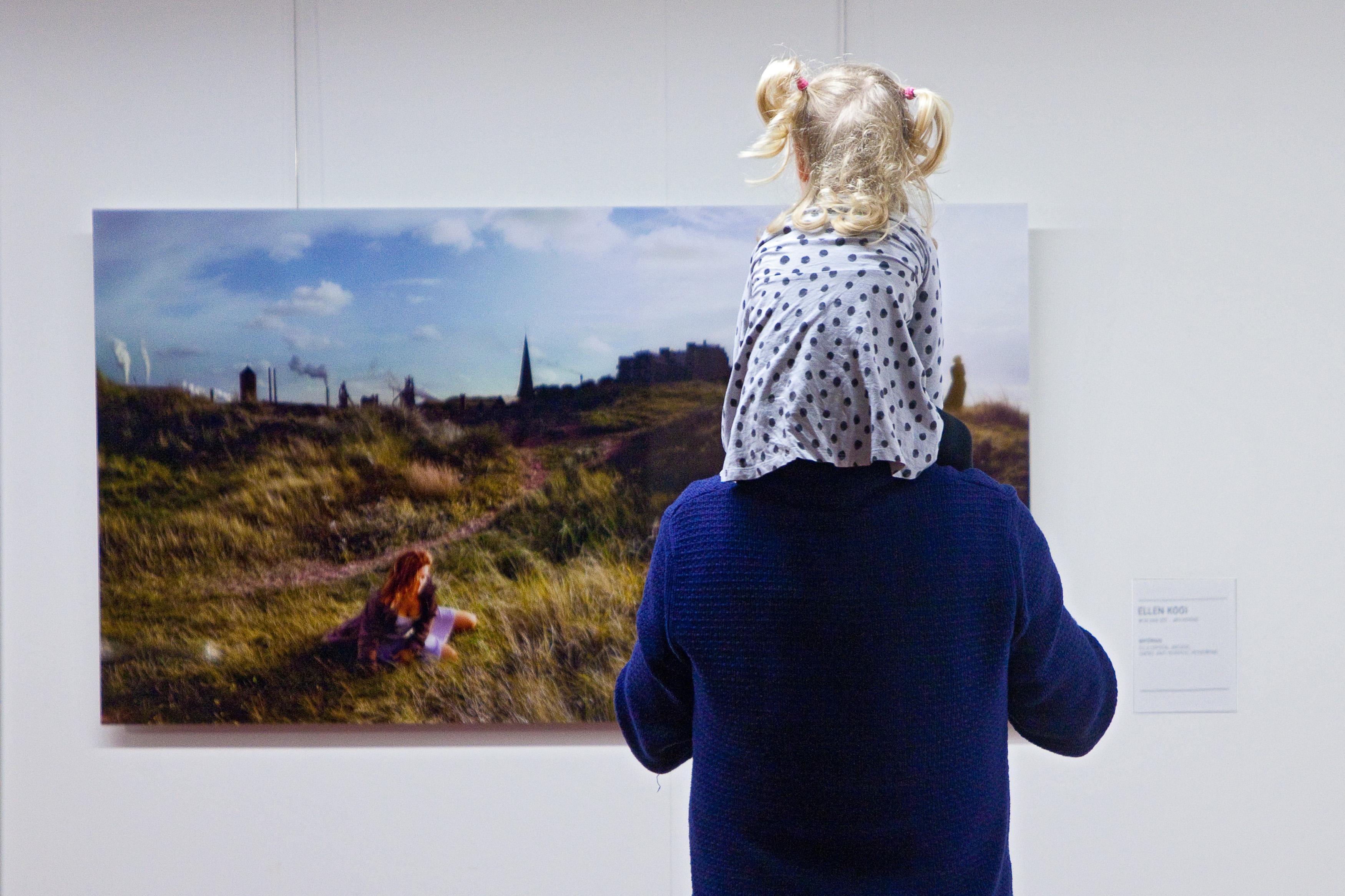Thema van expositie 'Grafietregen' bij KEK is, zowel letterlijk als figuurlijk, niet zo zwart-wit als het klinkt