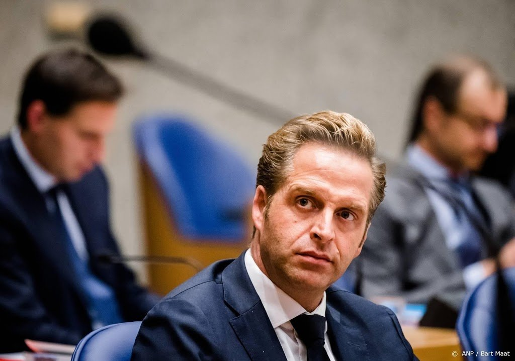 Minister De Jonge hoopt op sneltesten in november
