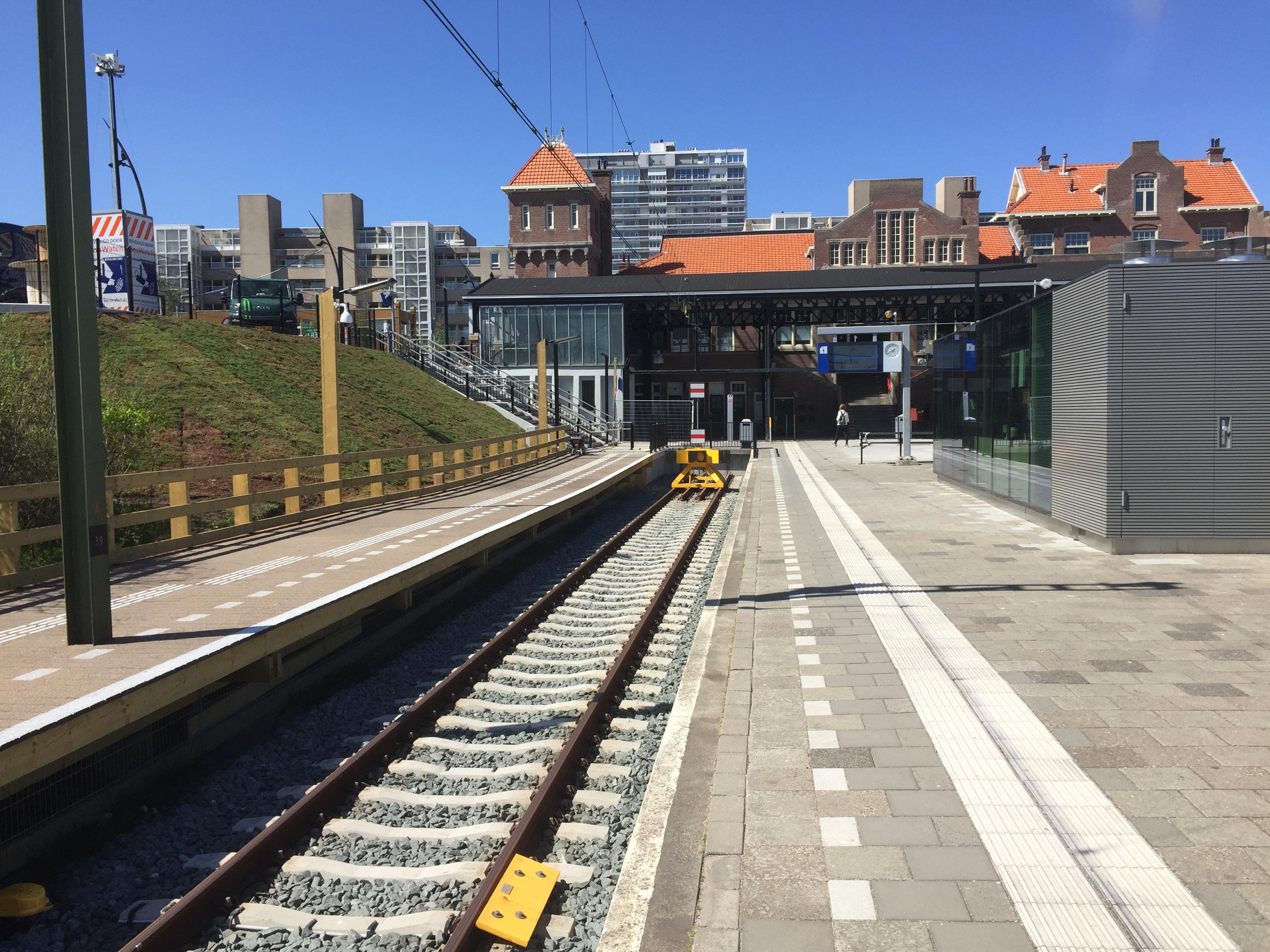 Prorail rondt werkzaamheden Amsterdam-Zandvoort op tijd af: twaalf treinen kunnen rijden