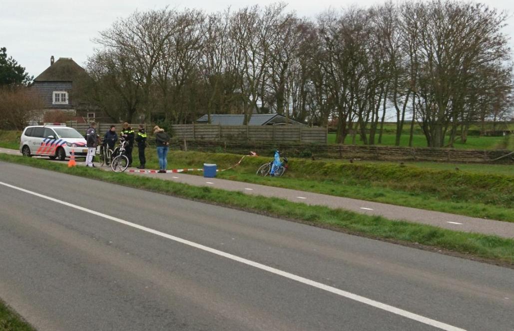 Fietser aangereden op Texel, dader gaat ervandoor [update]
