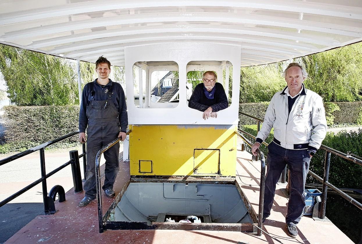 Loosdrechts icoonproject de fietsboot voortaan ook elektrisch, plus een natuurtocht erbij