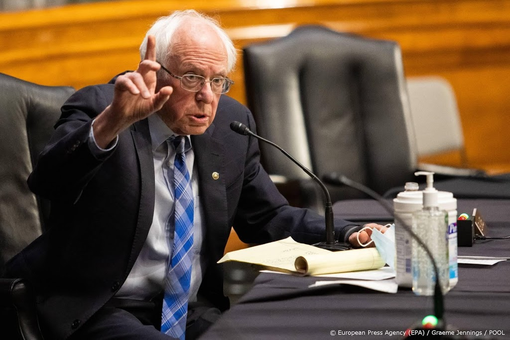 Sanders: 1,8 miljoen dollar van verkoop producten met virale foto